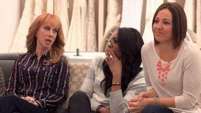 Season 13, Episode 01 A Comedian Walks into a Bridal Salon...
