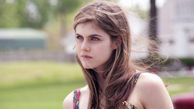 Season 01, Episode 06 Haunted Houses