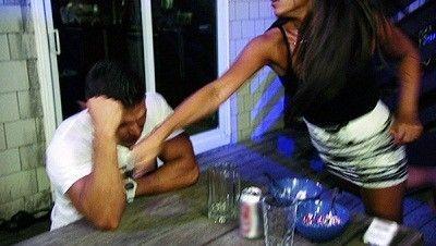 Season 03, Episode 05 Drunk Punch Love