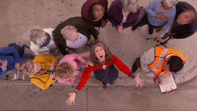 Season 05, Episode 04 The Crosswalk