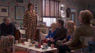 Season 04, Episode 02 The Final Curtain