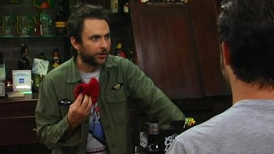 Season 05, Episode 08 Paddy's Pub: Home of the Original Kitten Mittens