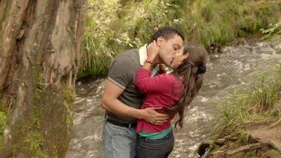 Season 01, Episode 52 Amor Imposible