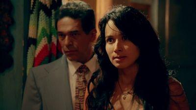 Season 01, Episode 30 El Casting
