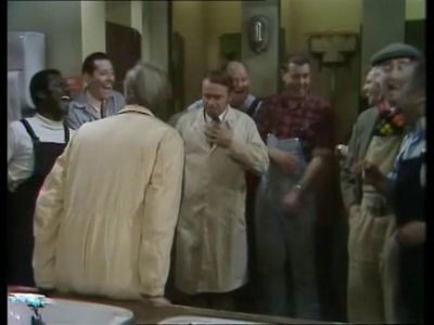 Season 02, Episode 03 Clarkey Leaves