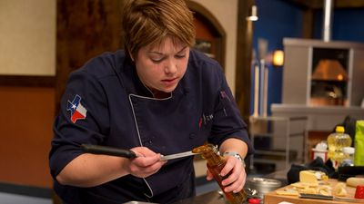 Season 09, Episode 13 Bike, Borrow & Steal