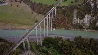 Season 07, Episode 04 Himalaya Mega Bridge
