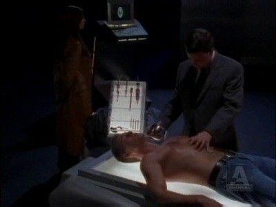 Season 03, Episode 18 Checkmate