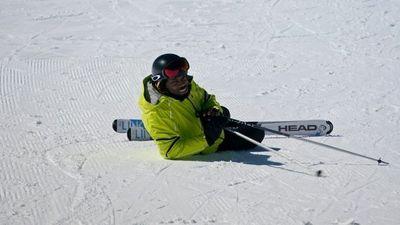 Season 01, Episode 12 Cro Ski Vacation