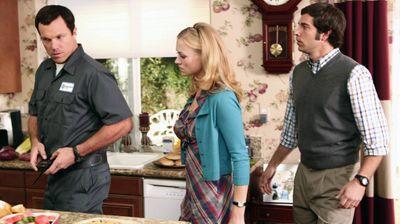 Season 02, Episode 13 Chuck Versus the Suburbs