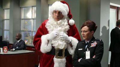 Season 05, Episode 07 Chuck Versus the Santa Suit