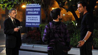 Season 04, Episode 01 Chuck Versus the Anniversary