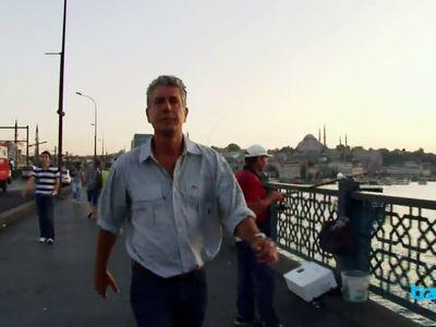 Season 06, Episode 02 Istanbul