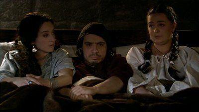 Season 01, Episode 30 Le Trois de coeur