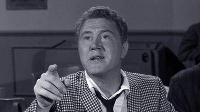 Season 01, Episode 03 The Guitar Player