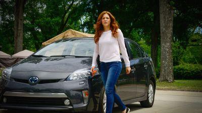 Season 03, Episode 06 Caged