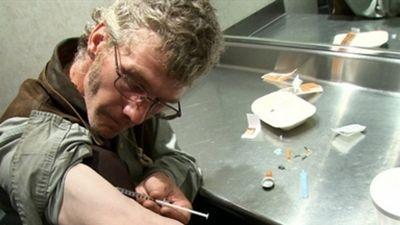 Season 06, Episode 04 Narcotics