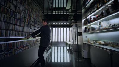 Season 01, Episode 04 Hong Kong