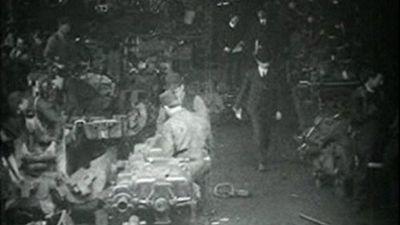 Season 01, Episode 10 Panorama view street car motor room