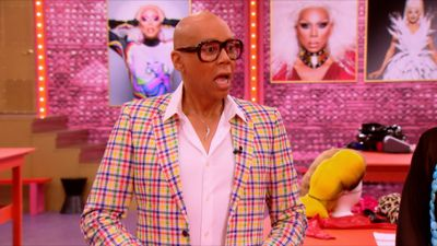 Season 10, Episode 07 Snatch Game