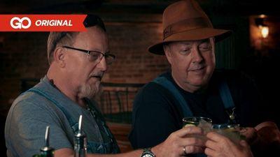 Season 01, Episode 04 The Shark Shot with Mark and Digger