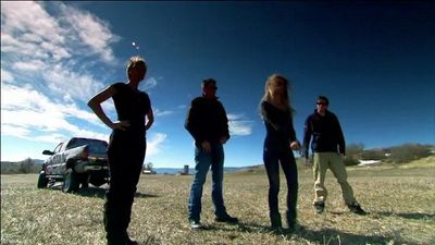 Season 02, Episode 04 Axe Mortar Gun/Trapdoor Springfield Surprise