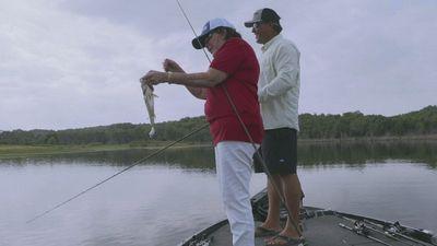 Season 03, Episode 04 Take Your Momma Fishing 2021