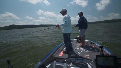 Season 01, Episode 03 Ledge Fishing On Famous Pickwick Lake Florence Alabama