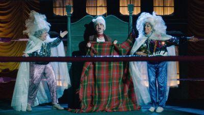 Season 03, Episode 10 A Very GLOW Christmas