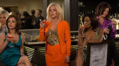 Season 02, Episode 07 Kimmy Walks Into a Bar!