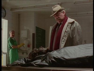 Season 05, Episode 02 House Calls