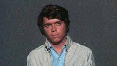 Season 04, Episode 02 Homicide - The Student