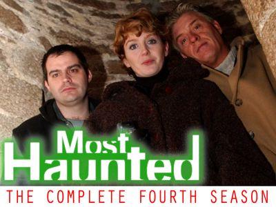 Season 04, Episode 01 Owlpen Manor