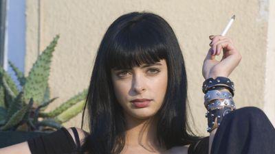 Season 02, Episode 07 Negro y Azul