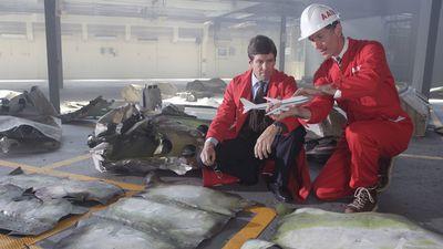 Season 07, Episode 01 Lockerbie Disaster (Pan Am Flight 103)