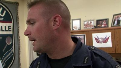 Season 11, Episode 04 Off the Tracks
