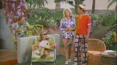 Season 04, Episode 05 The Odd Holiday